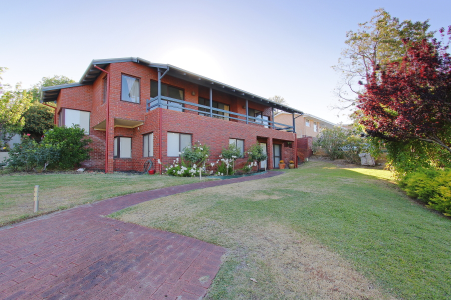 4 Park Road, MOUNT PLEASANT, WA 6153