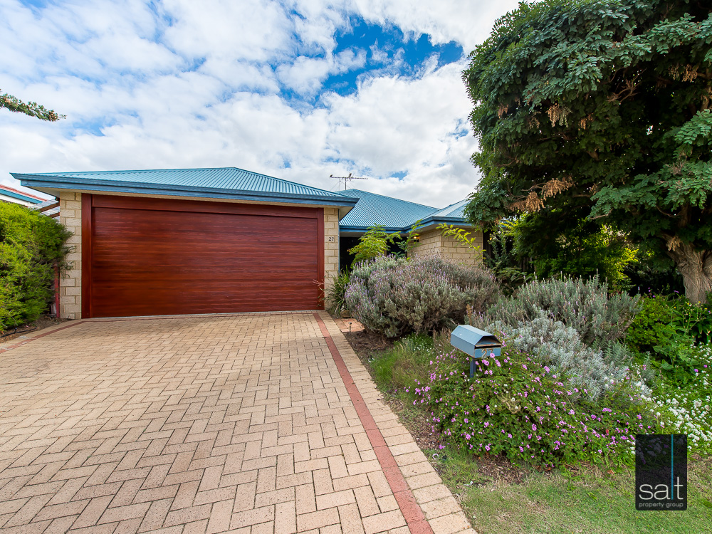 27 Beedelup Loop, BIBRA LAKE, WA 6163