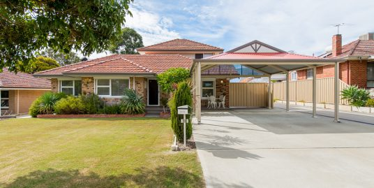 10 Patfield Street, MYAREE, WA 6154