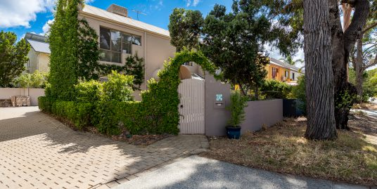 10 McAtee Court, FREMANTLE, WA 6160